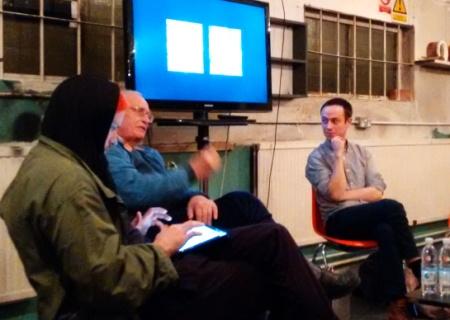 Discussão: Pieroni (esq.), Zinovieff e Pattison